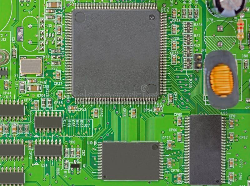 Feche acima da imagem da placa de circuito eletrônico fotos de stock royalty free
