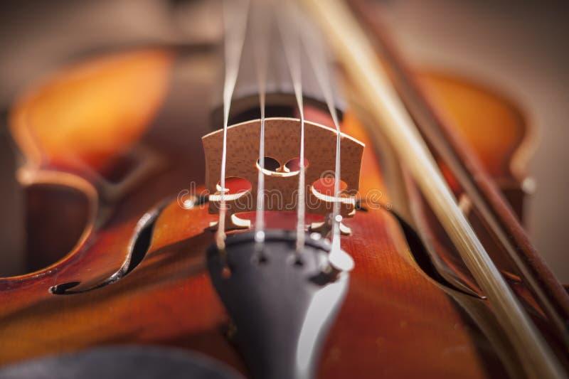 Feche acima da ponte do violino fotos de stock royalty free