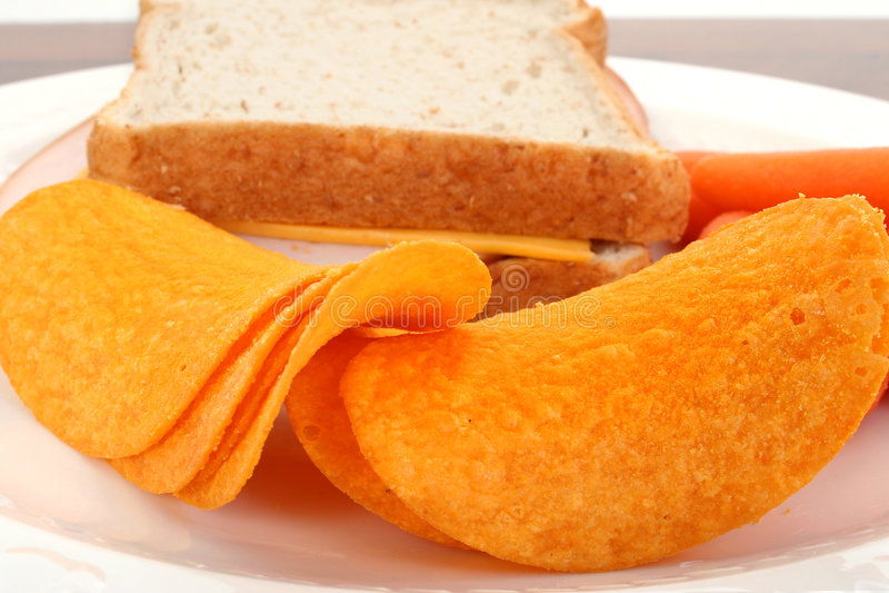 Feche acima das microplaquetas Flavored queijo fotos de stock royalty free
