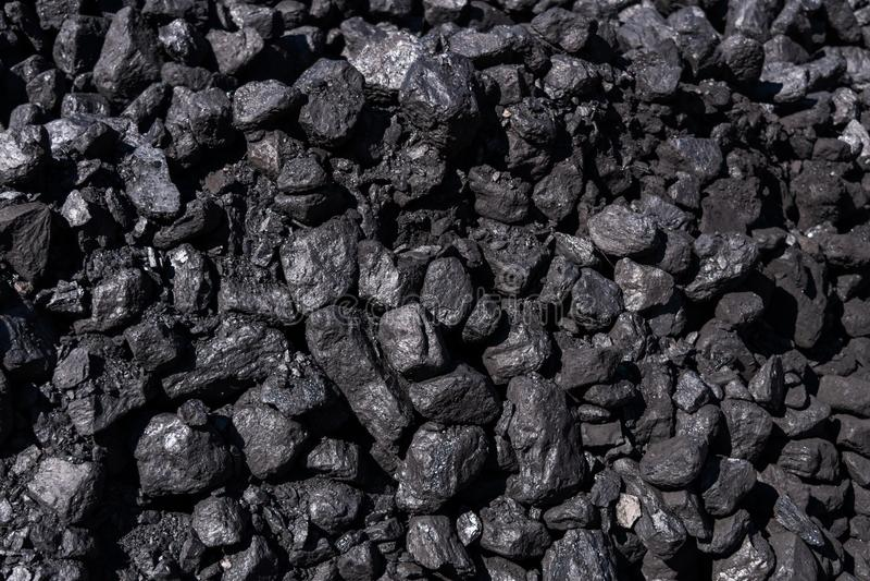 Feche acima das partes de carvão preto imagem de stock