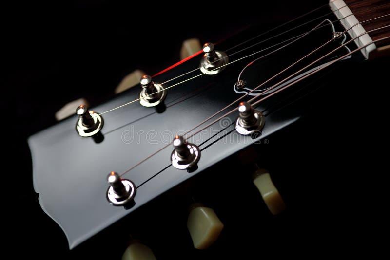 Feche acima de Les Paul Electric Guitar Headstock imagem de stock