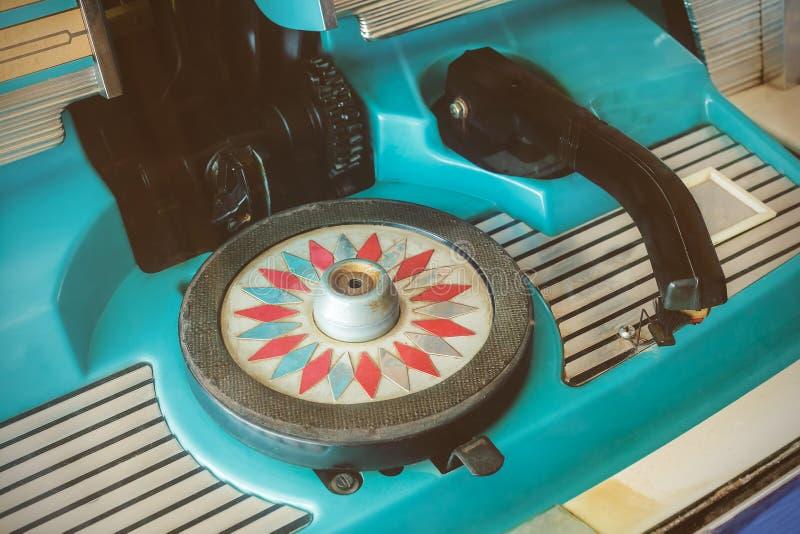 Feche acima de um jukebox do vintage foto de stock royalty free