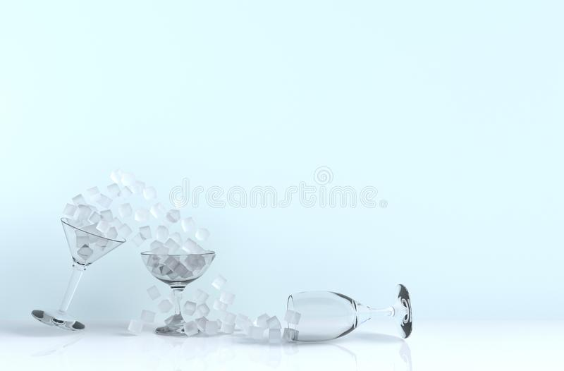 Feche acima do cubo de gelo no vidro de vinho que inclina-se no fundo fotos de stock royalty free