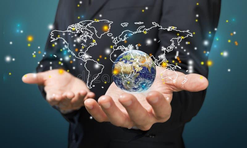 Feche acima do homem de negócios que guarda o globo digital dentro imagens de stock royalty free