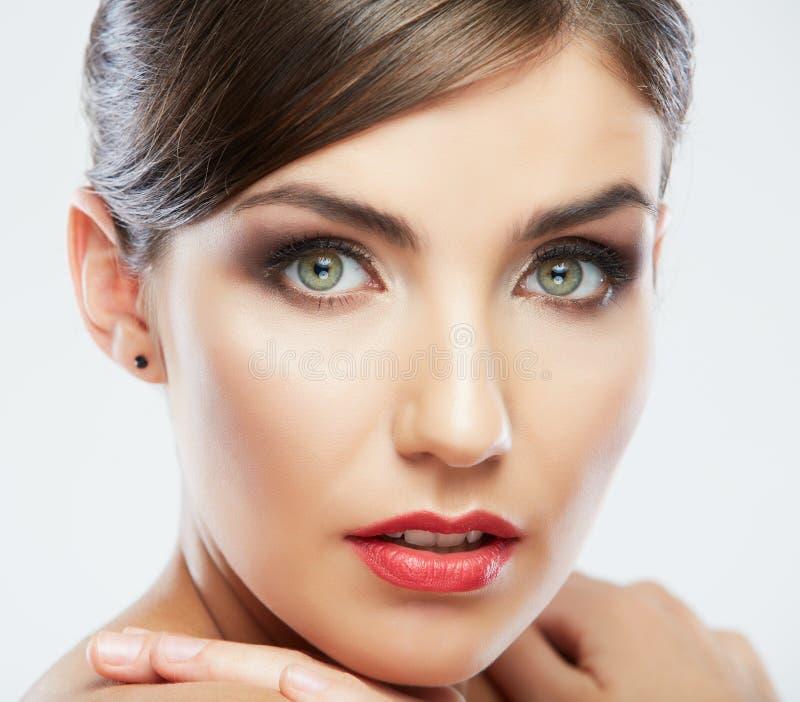Feche acima do retrato da cara bonita da jovem mulher. imagem de stock