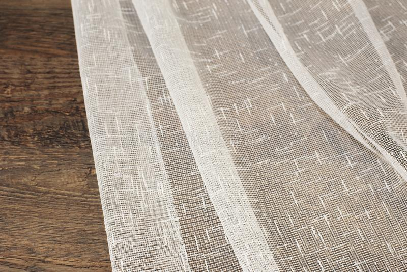 Feche acima do tule bonito Amostra completa da tela das cortinas Textura, fundo, teste padrão Design de interiores Tule do laço d fotografia de stock