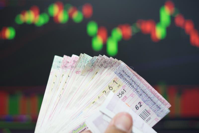 Feche acima dos bilhetes de loteria tailandeses imagem de stock royalty free