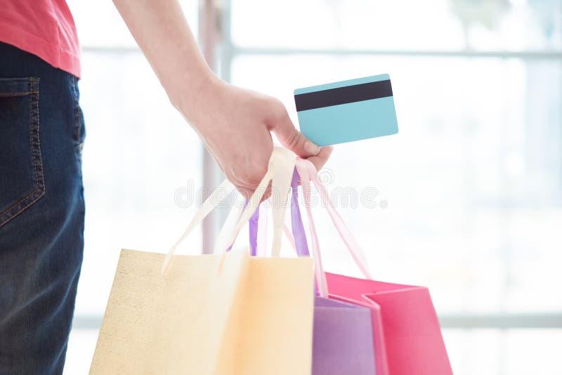 Feche acima dos cartões de crédito imagens de stock royalty free