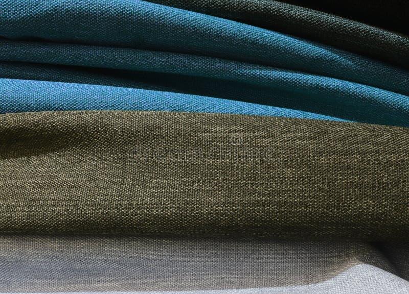 Feche acima a superfície de matérias têxteis e de telas bonitas e coloridas da forma imagem de stock royalty free