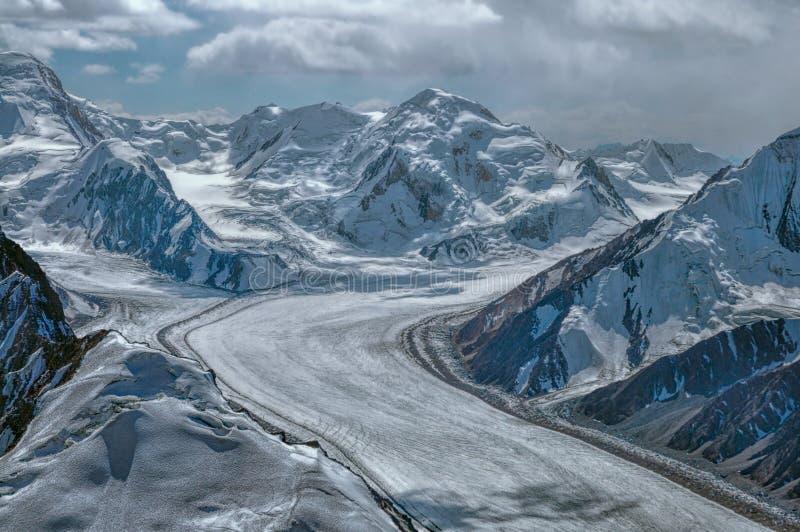 Fedchenko-Gletscher auf Tadschikistan stockbild