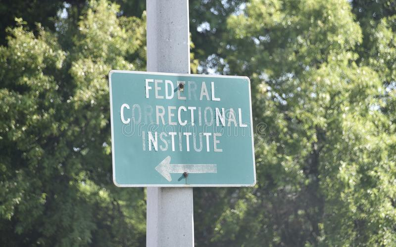 Federalt kriminalv?rdsanstaltinstitut arkivbild