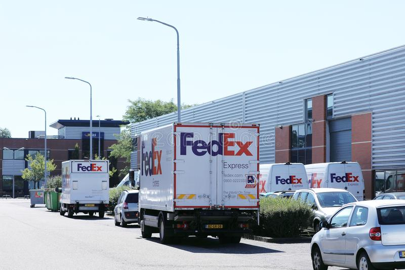 Fedex acarrea para el transporte fotos de archivo