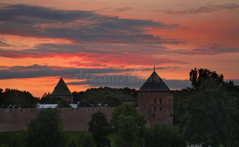 Fedorov och Vladimir står högt i Novgorod det stort (Veliky Novgorod) Ryssland royaltyfria bilder