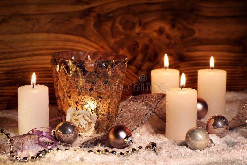 Feestelijk Kerstmisstilleven met kaarsen royalty-vrije stock foto's