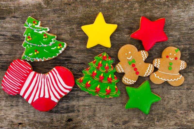 Feestelijke smakelijke Kerstmiskoekjes op houten lijst Hoogste mening royalty-vrije stock foto's