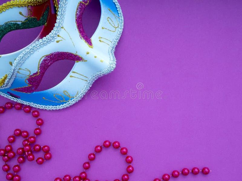 Feestelijke Venetiaanse carnivale van mardigras stock afbeelding