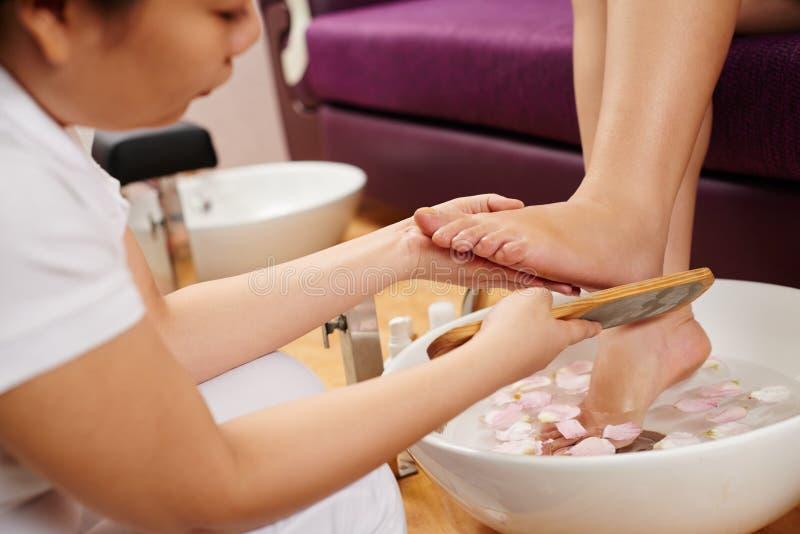 Feet spa behandeling stock foto's