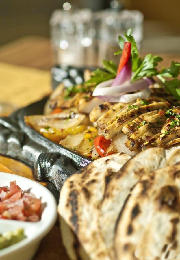 feg grillad mexikan för fajitas mat fotografering för bildbyråer
