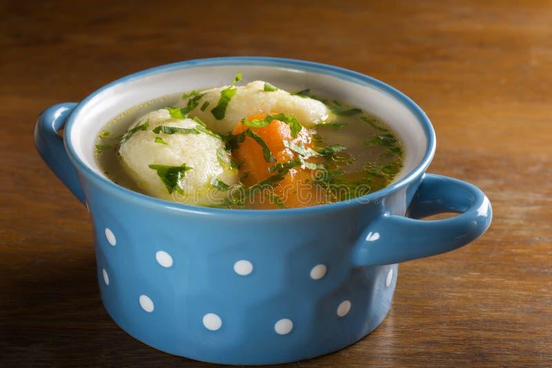 Feg soppa med klimpar royaltyfri foto
