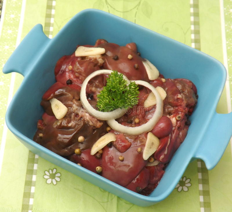 Download Fegato fresco immagine stock. Immagine di aglio, cipolle - 55350111