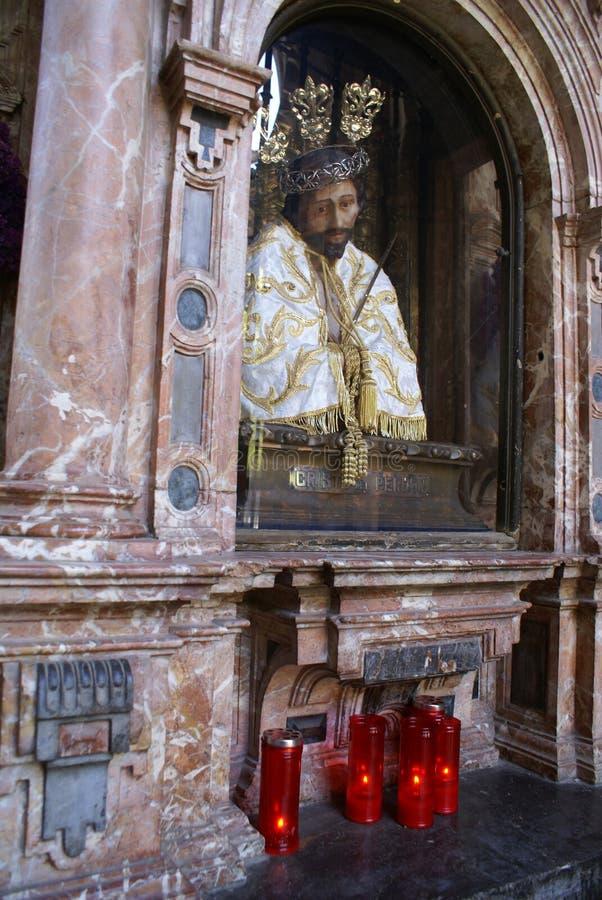 Fehlschlag von Jesus in einer Nische in der Kathedrale von Màlaga, Spanien stockfoto