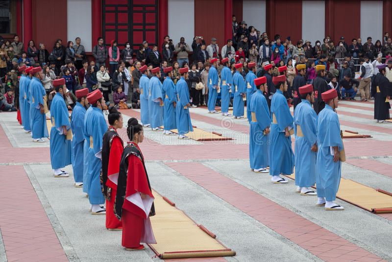 Feier des neuen Jahres an Shuri-Schloss in Okinawa, Japan stockbilder