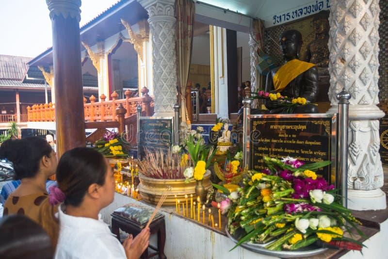 Feier von Tag Makha Bucha in Thailand stockbild