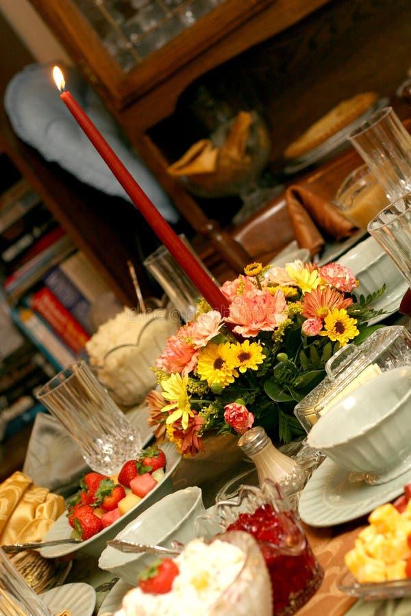 Feiertags-Mahlzeit-Tabellen-Einstellung lizenzfreie stockfotos