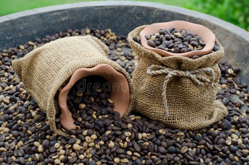 Feijões de café fotos de stock royalty free
