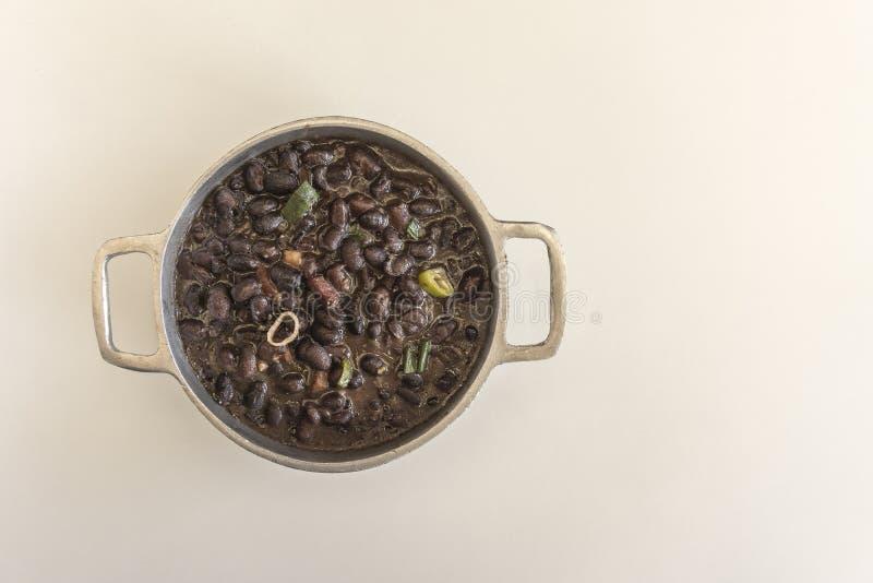 feijoada巴西典型的盘黑豆主要成份  图库摄影