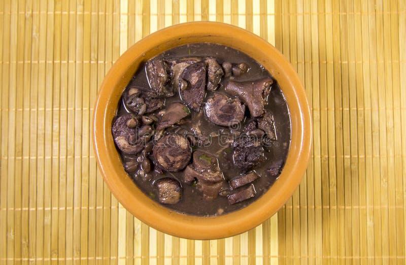 Feijoada brasiliansk traditionell mat royaltyfria foton