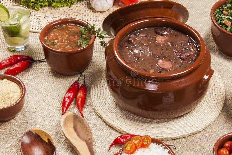 Feijoada, la tradizione brasiliana di cucina fotografia stock libera da diritti