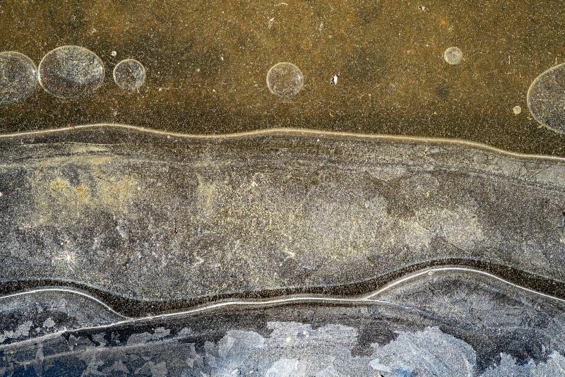 Feine Eisstruktur mit Linienzeichen und Blasen lizenzfreie stockfotos