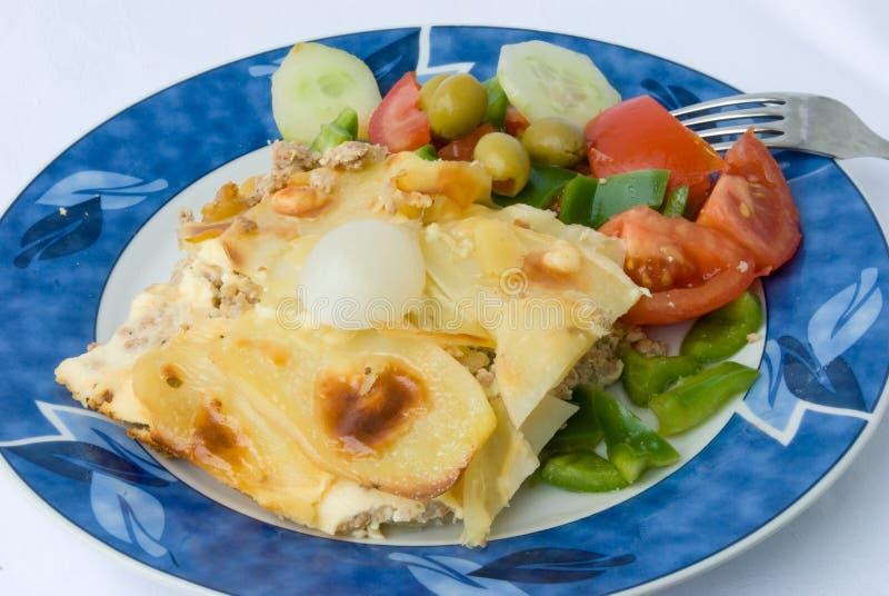 Feinschmeckerische moussaka-griechische Nahrung lizenzfreie stockfotografie