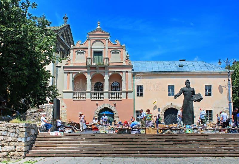 Feira da ladra do livro, Lviv, Ucrânia imagens de stock royalty free