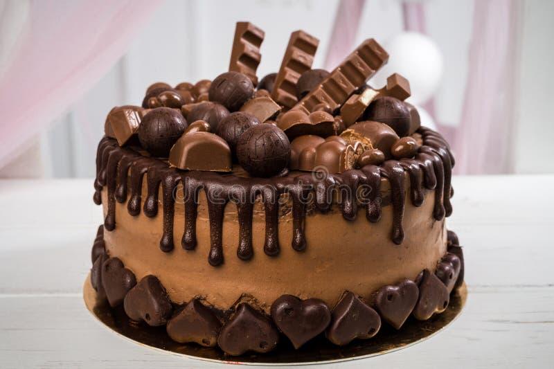 Suficiente Feito A Mão Delicioso Do Bolo De Chocolate Decorado Com Doces Do  PT03