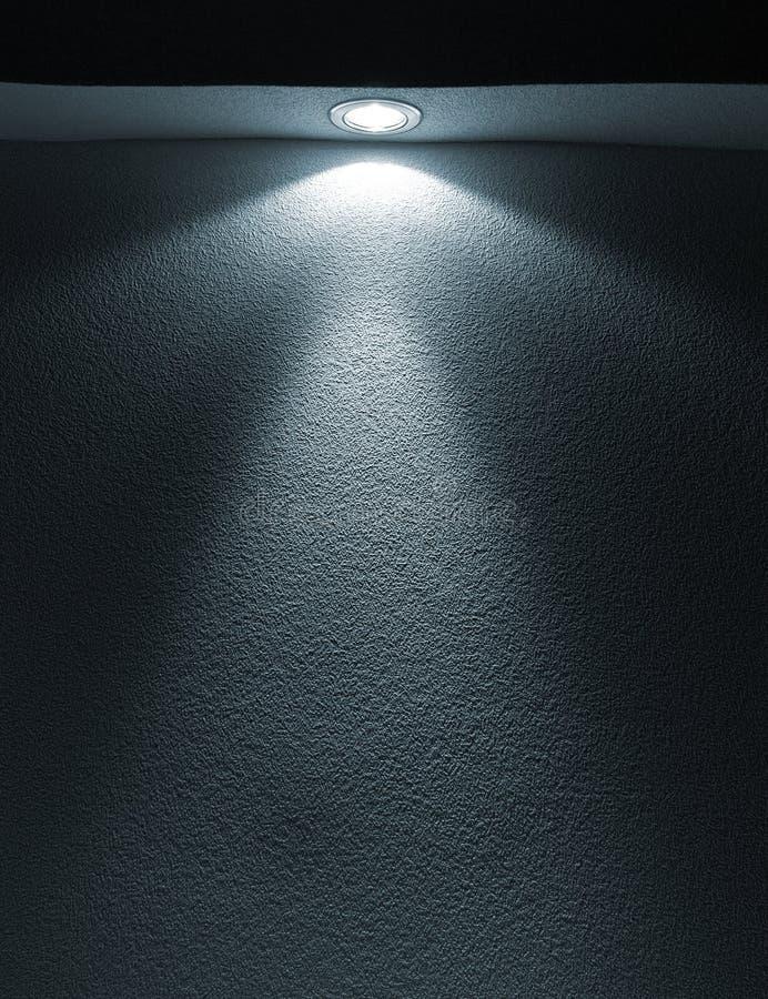 Feixe do close up da lanterna elétrica no papel fotos de stock royalty free