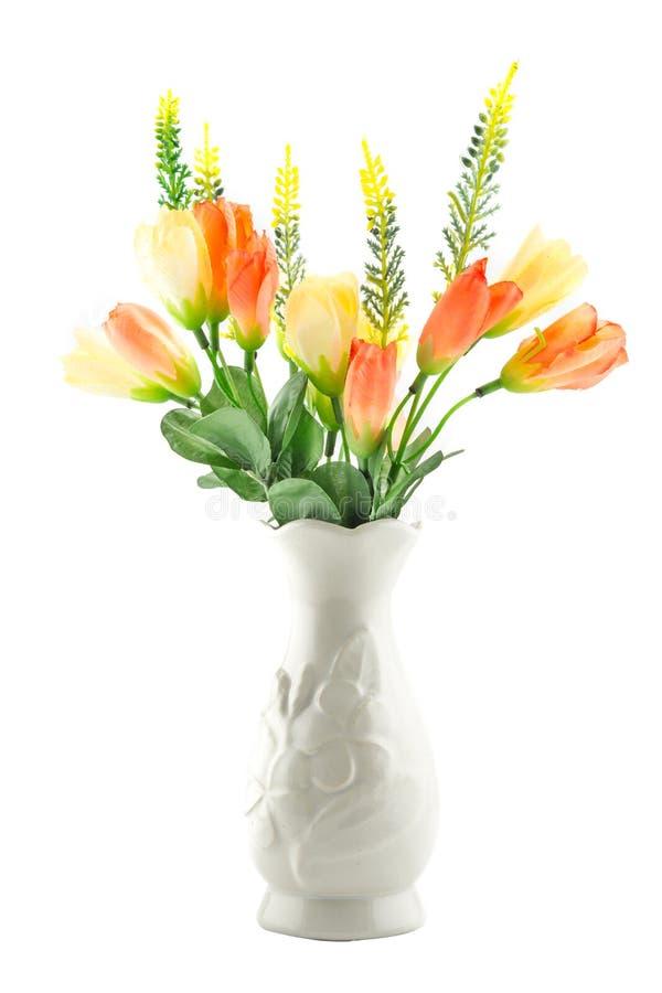 Fejka blommor för inregarnering arkivbild