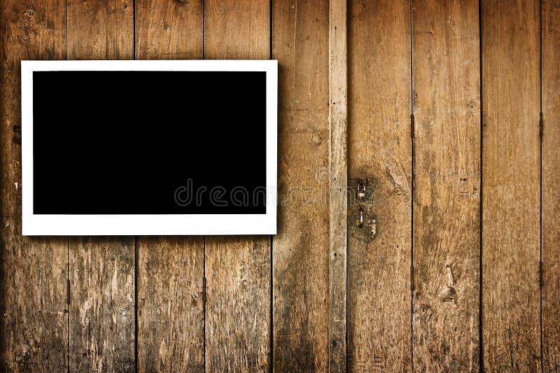 Feld auf Holz lizenzfreie stockfotos