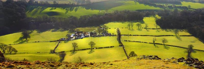 Felder und Wiesenlandschaft stockbild
