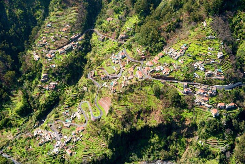 Felder von Dorf Curral DAS Freiras in den Nonnen Tal, Madeira, Portugal stockfotos