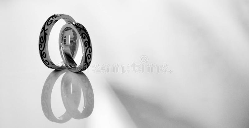 Felice, anelli, nozze, amore, giorno delle nozze, 2019 fotografia stock libera da diritti