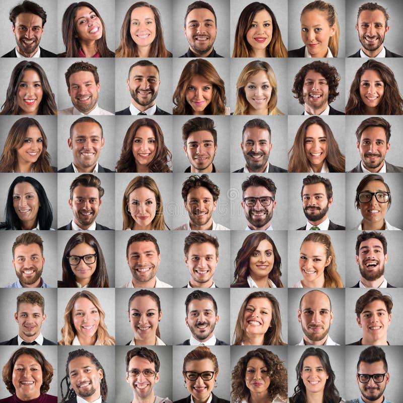 Felice e positivo affronta il collage della gente di affari fotografia stock