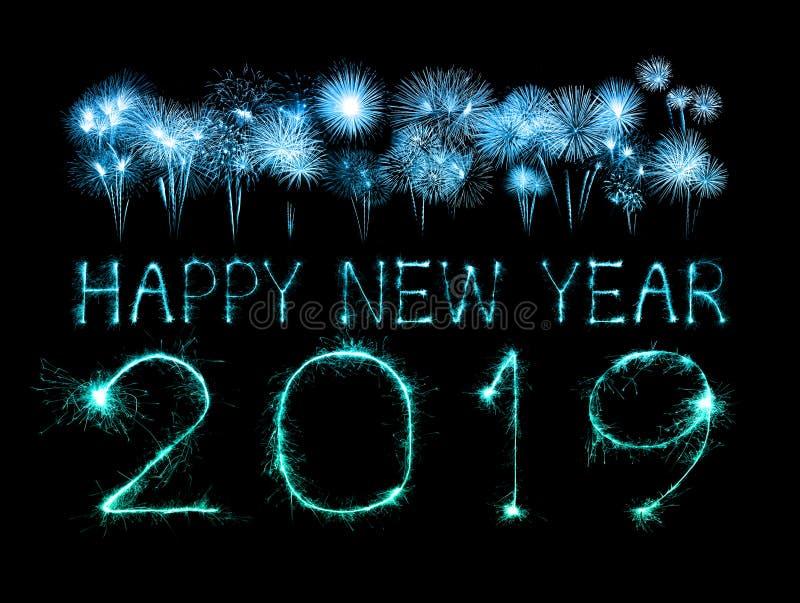 2019 Felices Año Nuevo con el fuego artificial de la chispa imagen de archivo libre de regalías