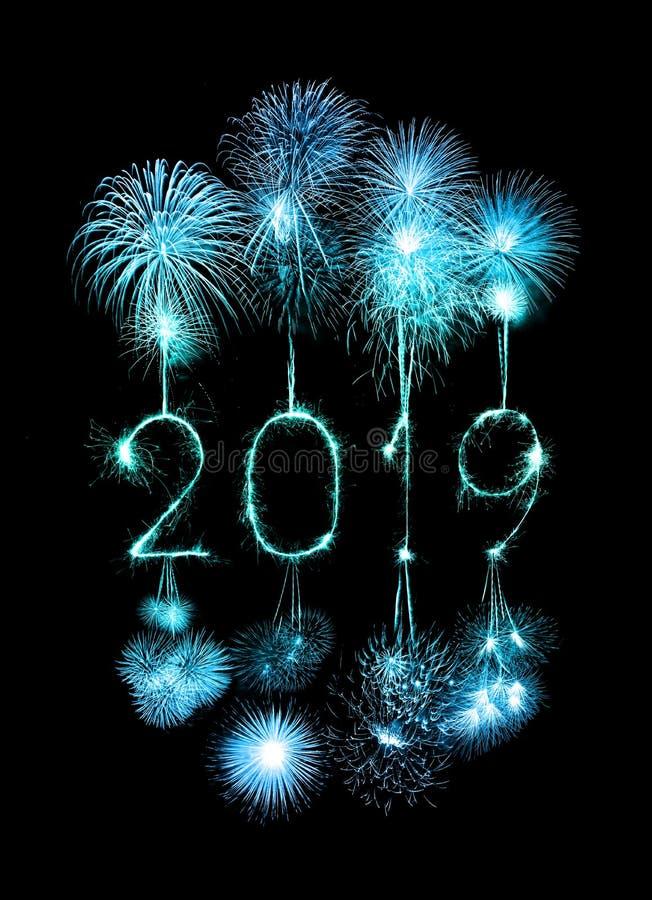 2019 Felices Año Nuevo con el fuego artificial de la chispa foto de archivo