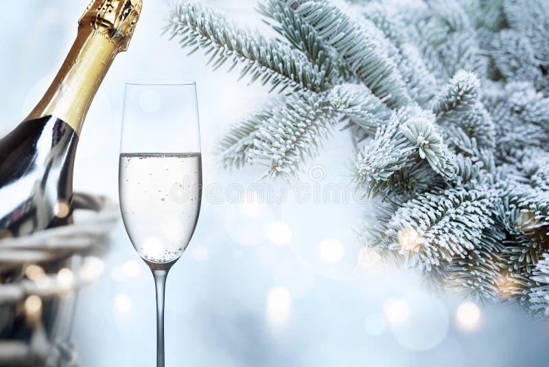 Felicitações invernal pelo ano novo fotografia de stock royalty free