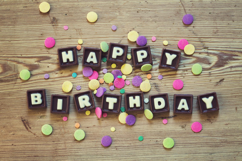 Feliz aniversario no chocolate foto de stock royalty free