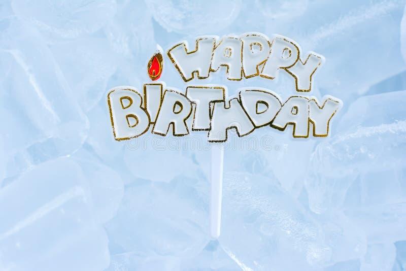 Feliz cumpleaños en el hielo foto de archivo libre de regalías