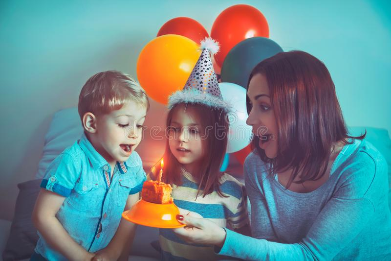 Feliz cumplea?os fotos de archivo libres de regalías