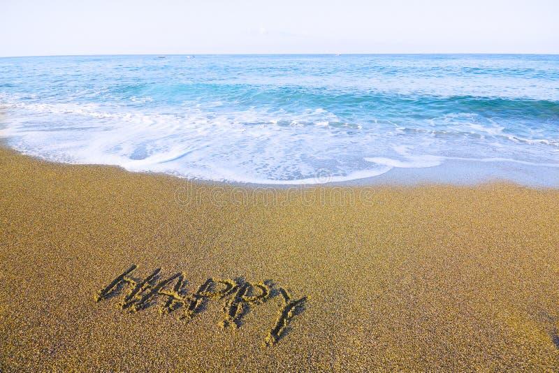 Palabras Escritas En La Arena De La: FELIZ De La Palabra Escrito En La Arena A De La Playa